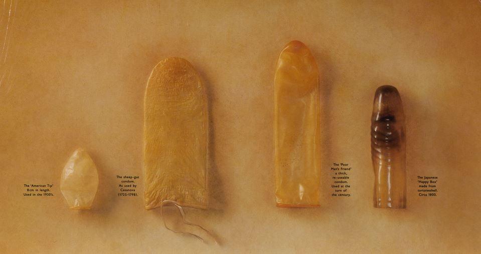 A képen az ókori egyiptomból származó óvszerek láthatók. Nők