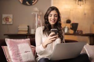 fiatalok és az internet